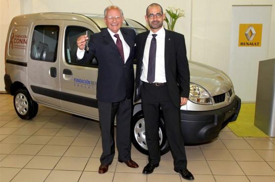 Renault Argentina donó una Kangooa la Cooperadora para la Nutrición Infantil