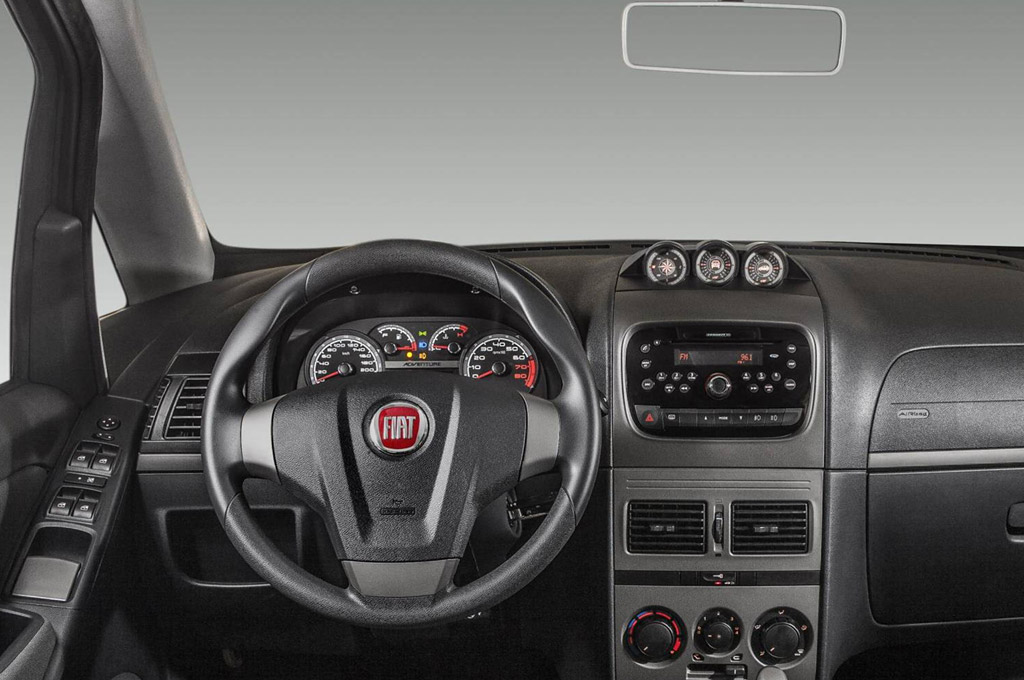 Argentina fiat actualiz el interior de la gama idea for Repuestos fiat idea adventure precios