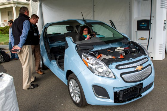 Corte del Chevrolet Spark EV en el evento Electrification Experience de GM.