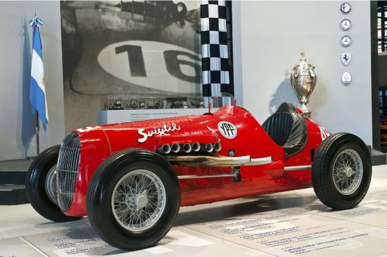 El Volpi-Chevrolet con el que Fangio corrió en Fuerza Libre.