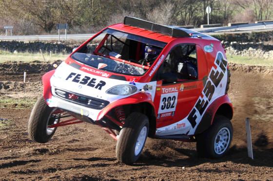 ¿Un smart correrá el Dakar 2013?