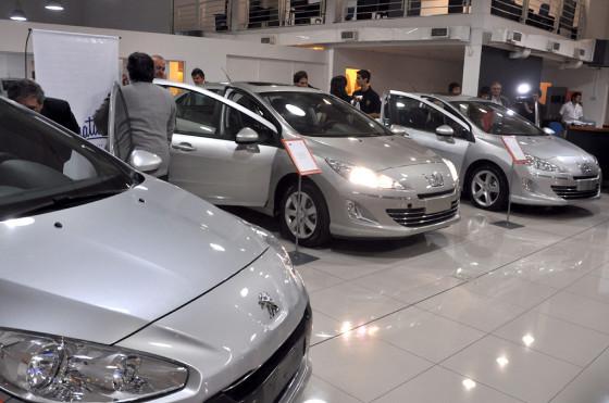 Peugeot Argentina donó tres nuevos vehículos a escuelas técnicas