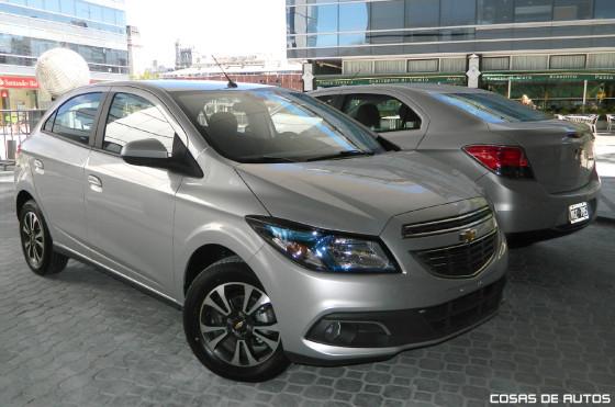 Chevrolet Onix y Chevrolet Prisma