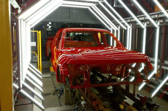Ford utiliza nueva tecnología de detección de polvo para mejorar la pintura
