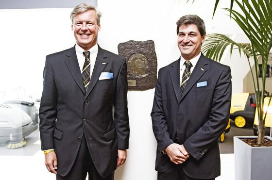 Hartmut Jenner, CEO mundial de Kärcher junto al gerente general de Kärcher Argentina, Juan Cruz Dato.
