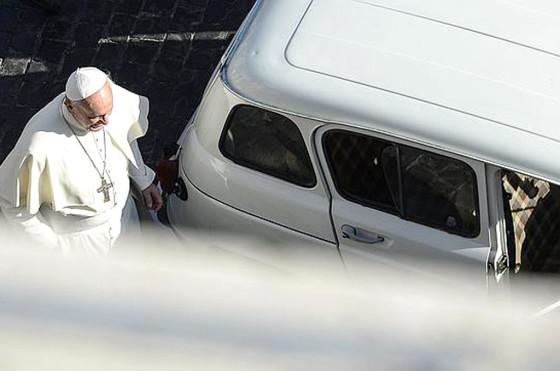 El Renault 4 del papa Francisco