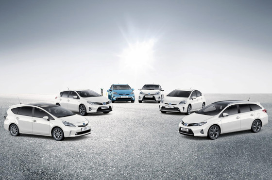 La gama eléctrica e híbrida de TMC en el Toyota Hybrid World Tour 2013.