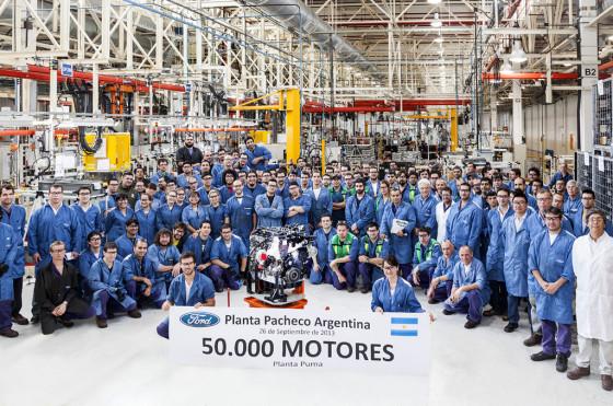 Ford Argentina celebra la fabricación del motor 50 mil en Planta Pacheco