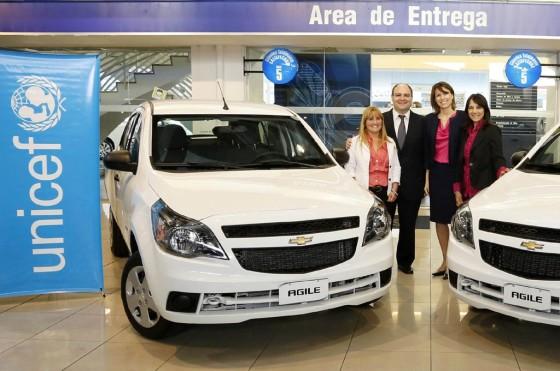 """GM Argentina y UNICEF entregaron los Chevrolet Agile sorteados en """"Un Sol para los Chicos"""""""