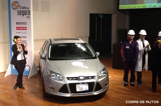 Nuevo Ford Focus, ganador como Auto más seguro de industria nacional 2013.