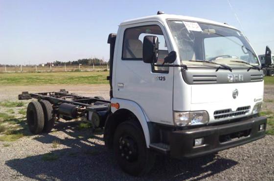 Camión DFM C125 hecho en Uruguay.