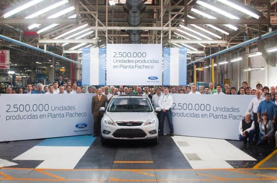 La unidad 2.5 millones fabricada por Ford en Pacheco.