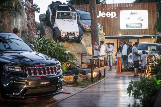Stand de Jeep en Cariló