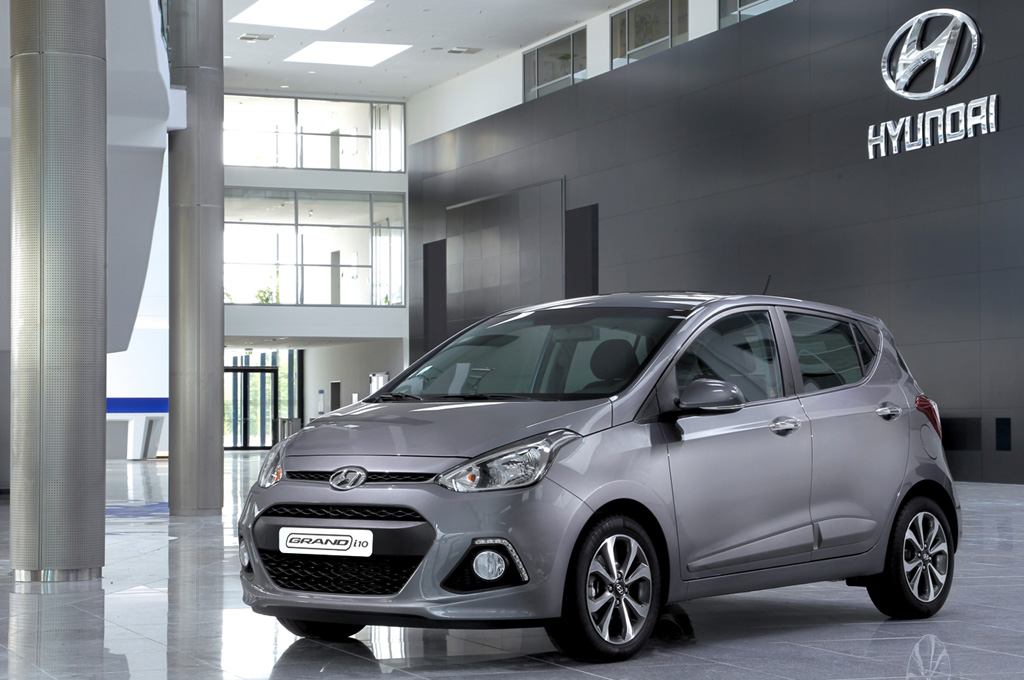 el hyundai grand i10 se present en chile y llegar a a la argentina en 2015 cosas de autos blog. Black Bedroom Furniture Sets. Home Design Ideas