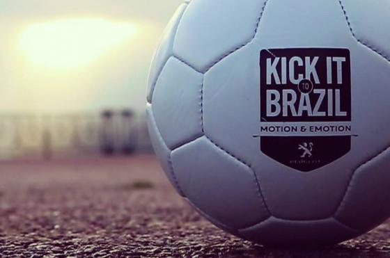 #KickItToBrazil de Peugeot