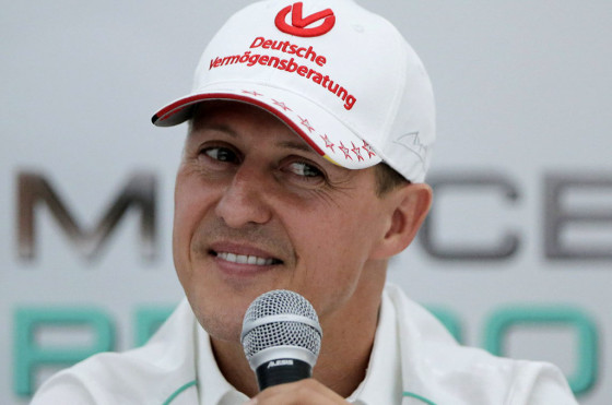 A casi seis meses de su accidente, Michael Schumacher salió del coma y fue trasladado a Suiza