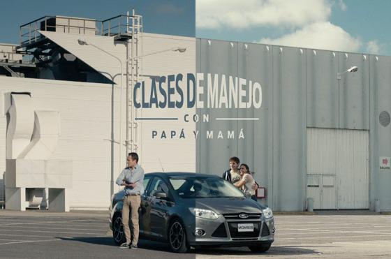 Argentina: el particular saludo de Ford en el #DíaDeLaMadre