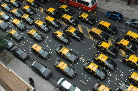 """El gobierno lanzó el plan nacional """"A Rodar"""" para la compra de taxis"""