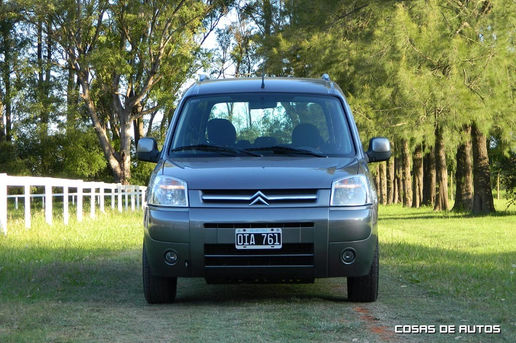 Test Citroën Berlingo XTR - Foto: Cosas de Autos