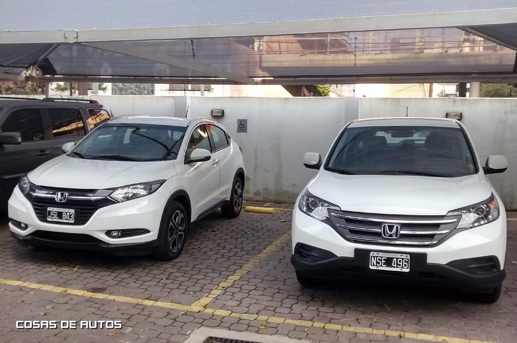 Juntas: el Honda HR-V al lado de la CR-V.