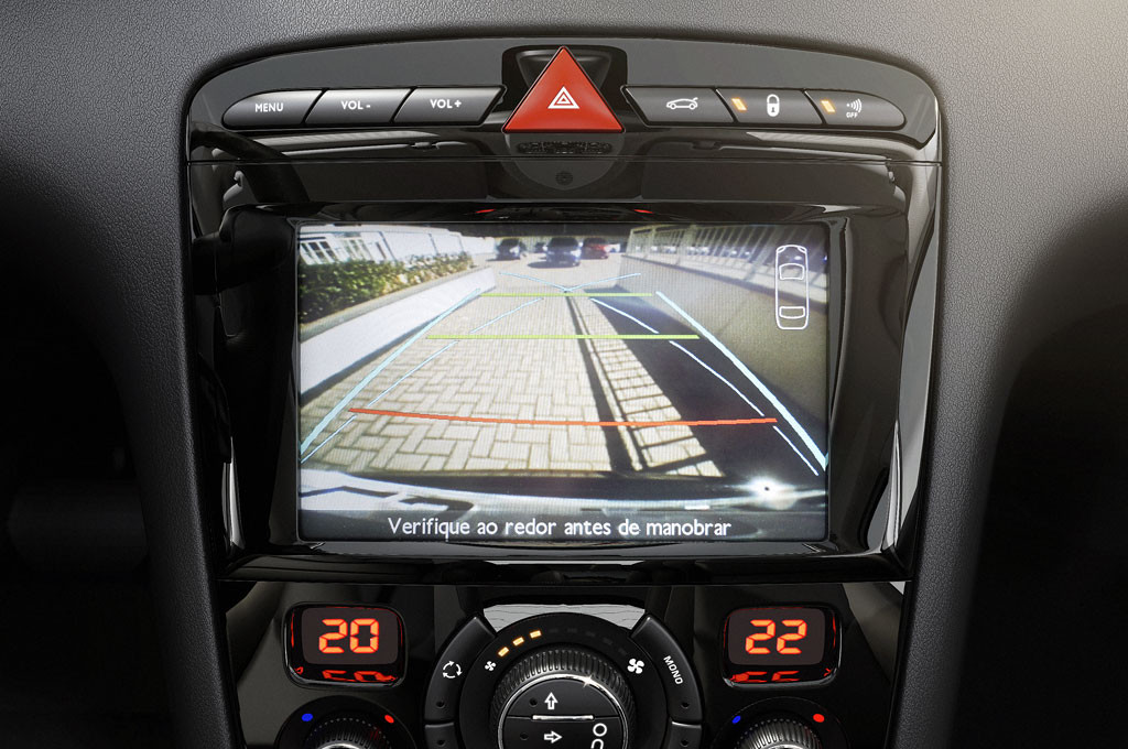 """Nueva pantalla 7"""" de los Peugeot 308 y 408"""