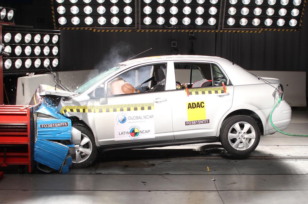 Nissan Tiida testeado por Latin NCAP