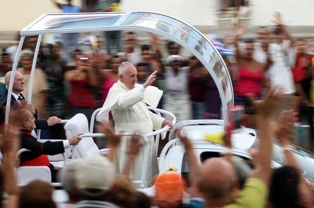 El papamóvil criollo, así le dicen los cubanos
