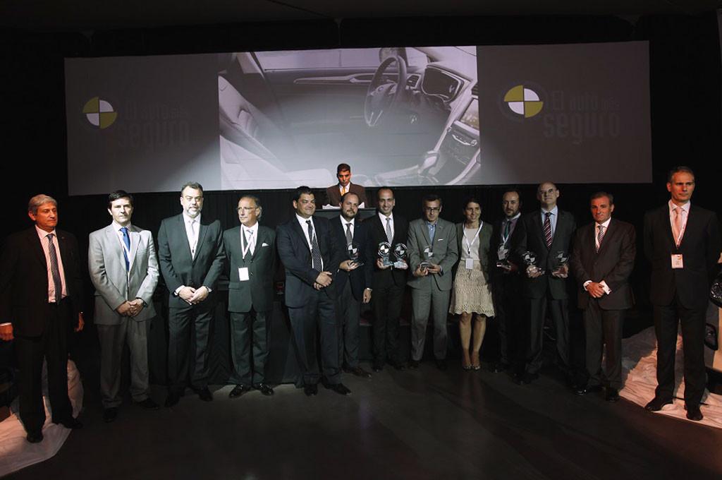CESVI Auto Más Seguro 2015