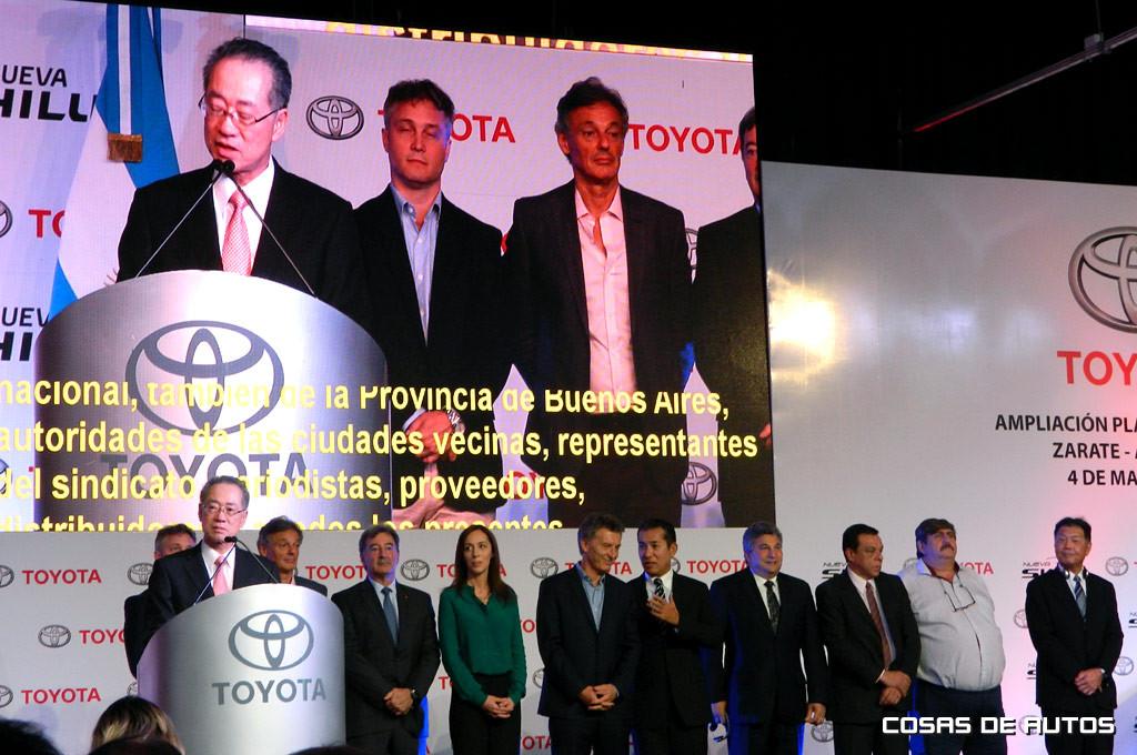 Macri inauguró oficialmente la ampliación de la planta de Toyota Argentina