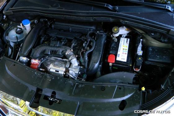Test Peugeot 2008 Sport THP