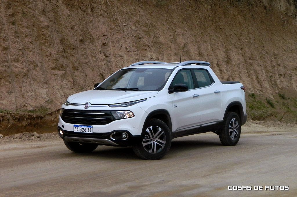 Test de la pick-up Fiat Toro Volcano 4x4 - Foto: Cosas de Autos