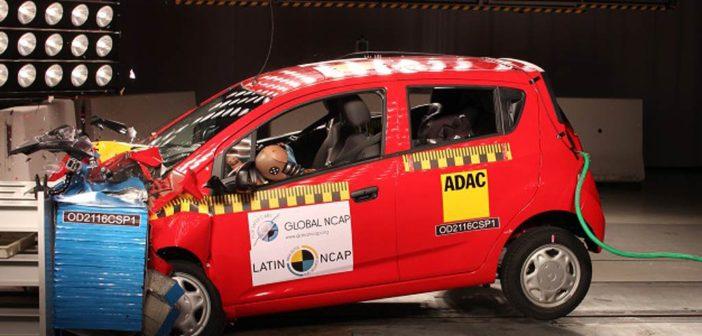 Latin NCAP insiste con ensayar vehículos sin airbags en un claro mensaje a los gobiernos. ¿Y los otros modelos cuándo?