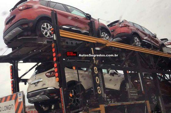 """Autos Segredos """"cazó"""" a las Captur saliendo de Brasil rumbo a la Argentina."""