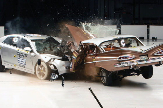 "Crash test ""auto a auto"""
