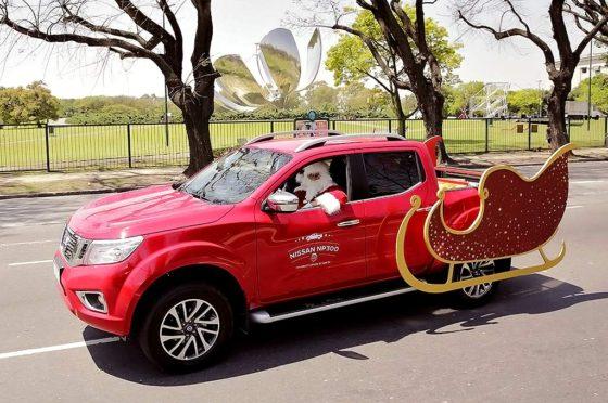 #AyudanteDeSanta: la Nissan NP300 Frontier es el nuevo trineo solidario de Papá Noel