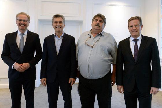 Macri recibió en Olivos a los directivos de Mercedes y a SMATA