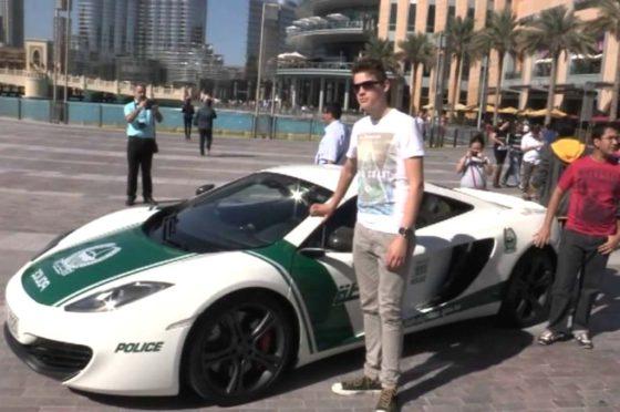 Los autos de la Policía de Dubai