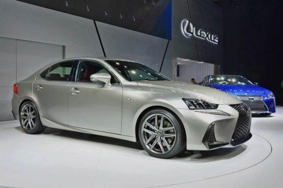 Lexus 2017