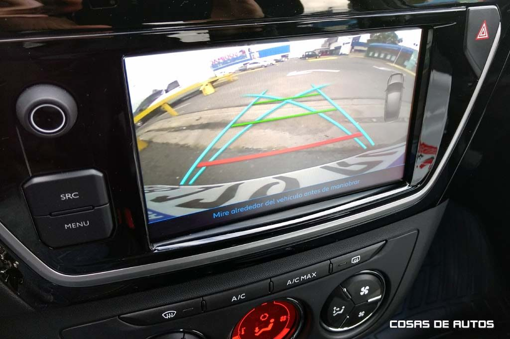 Cámara de retroceso y sensores traseros para la VTi Allure Plus.