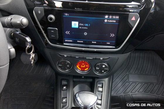 Sistema multimedia, disponible en la versión VTi Allure Plus AT6