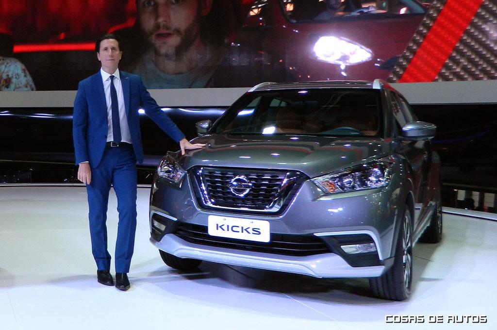 Alfonso Albaisa, vice-presidente senior y líder de diseño global de Nissan, Infiniti y Datsun.