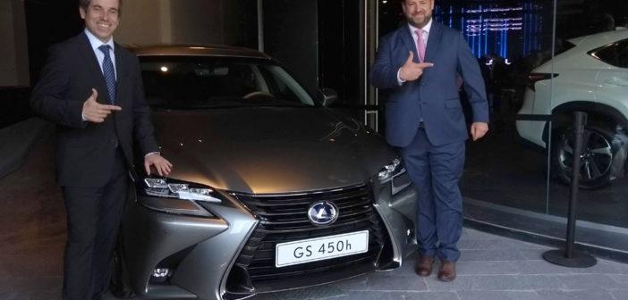 """""""Lexus no ofrece autos, ofrece experiencias"""""""