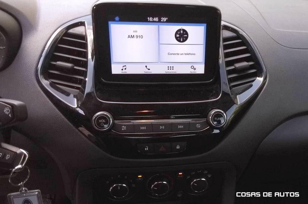 Test Ford Ka Sedan - Foto: Cosas de Autos