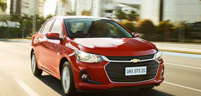 Chevrolet presentó el Nuevo Onix sedán y hatch que llegará a la Argentina