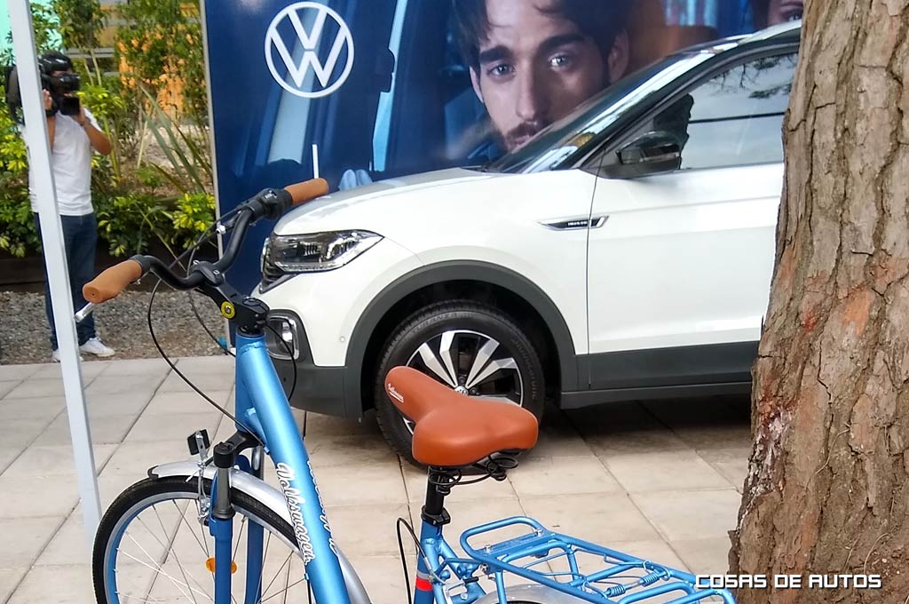 vw t-cross y bicis