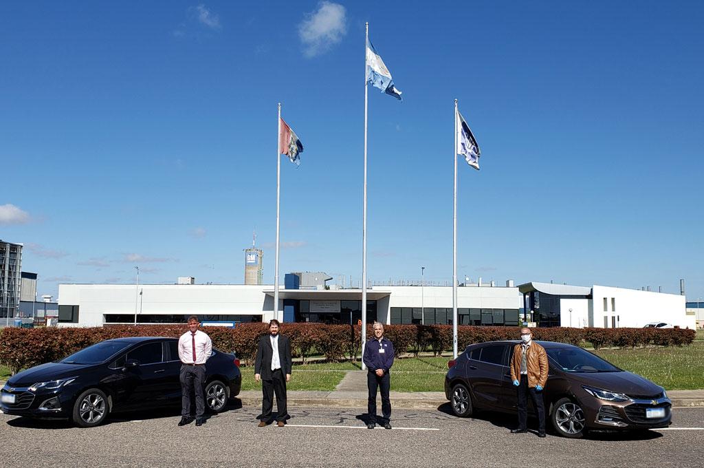 #Coronavirus: GM entregó vehículos al gobierno de Santa Fe